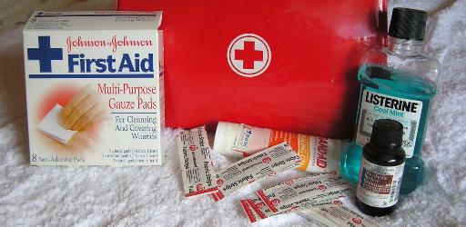 first-aid-2553789_1920 (2) (1).jpg